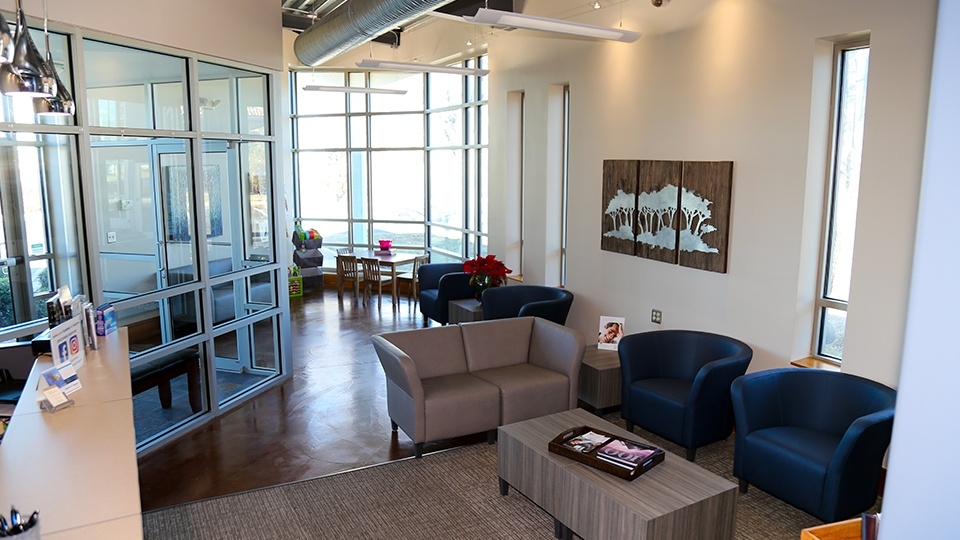 Dental reception area at Heck Family Dentistry of Lawrence